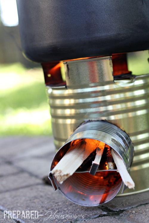 use-twigs-rocket-stove