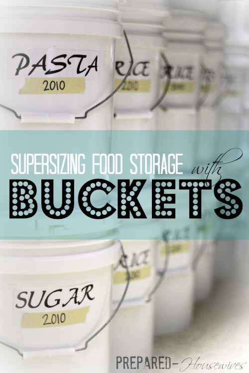 Learn how you can supersize your pantry overnight by using buckets. This has everything you need to know to get started! Prepared-Housewives.com #buckets #foodstorage #emergencyprep