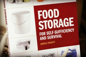 Food Storage For Self-Sufficiency and Survival (Book Review)